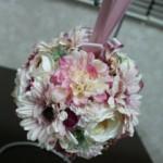 造花のボールブーケ
